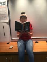 girl3 reading