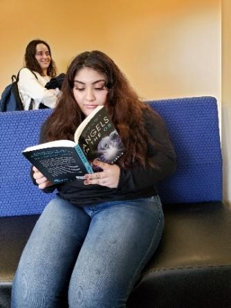 woman1reading